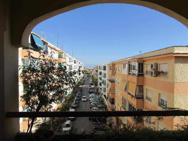 Middle Floor Apartment, Arroyo de la Miel, Costa del Sol. 3 Bedrooms, 2 Bathrooms, Built 110 m², Ter,Spain