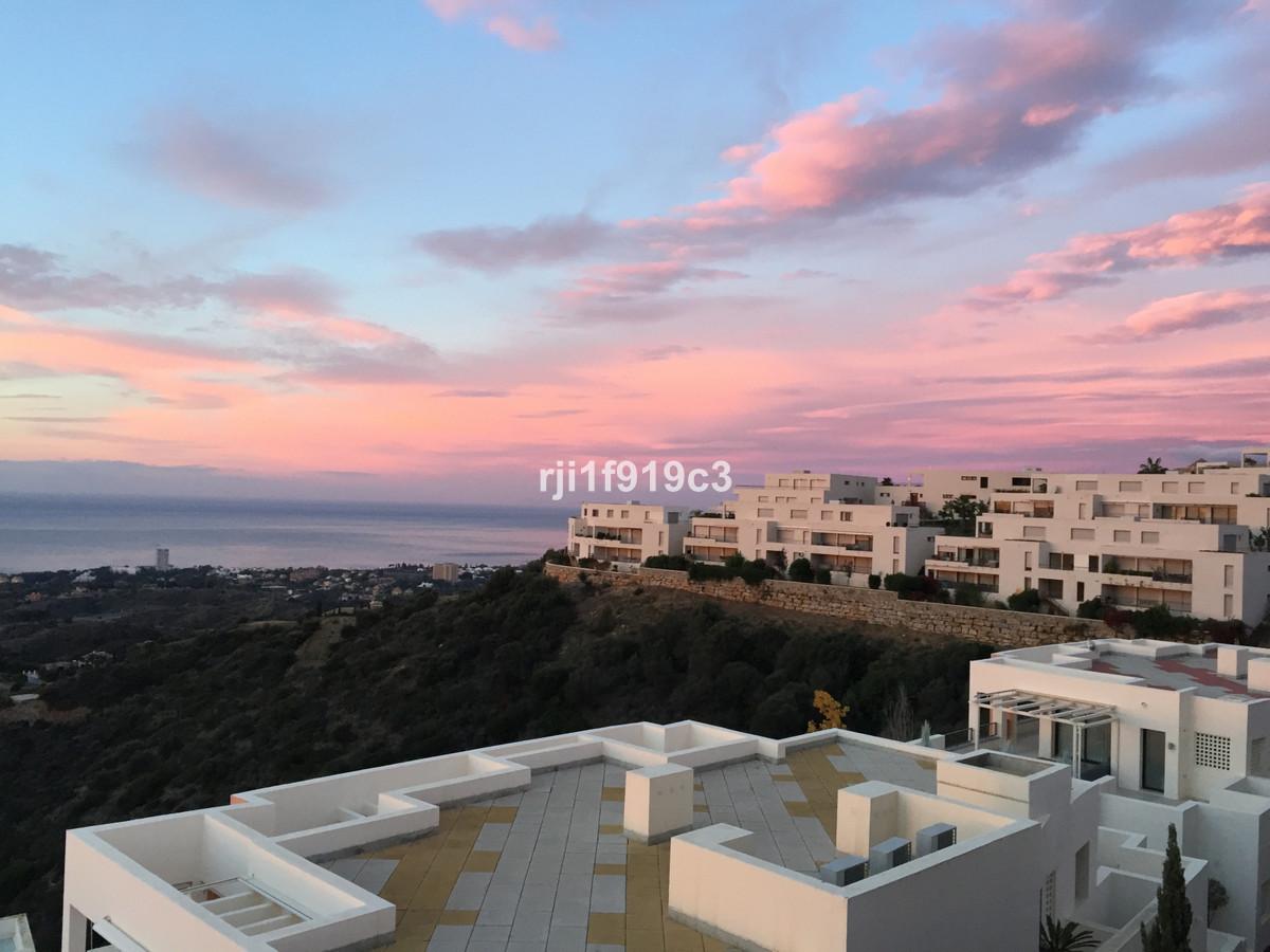 Penthouse for sale in Los Altos de los Monteros - Marbella East Penthouse - TMRO-R3157540