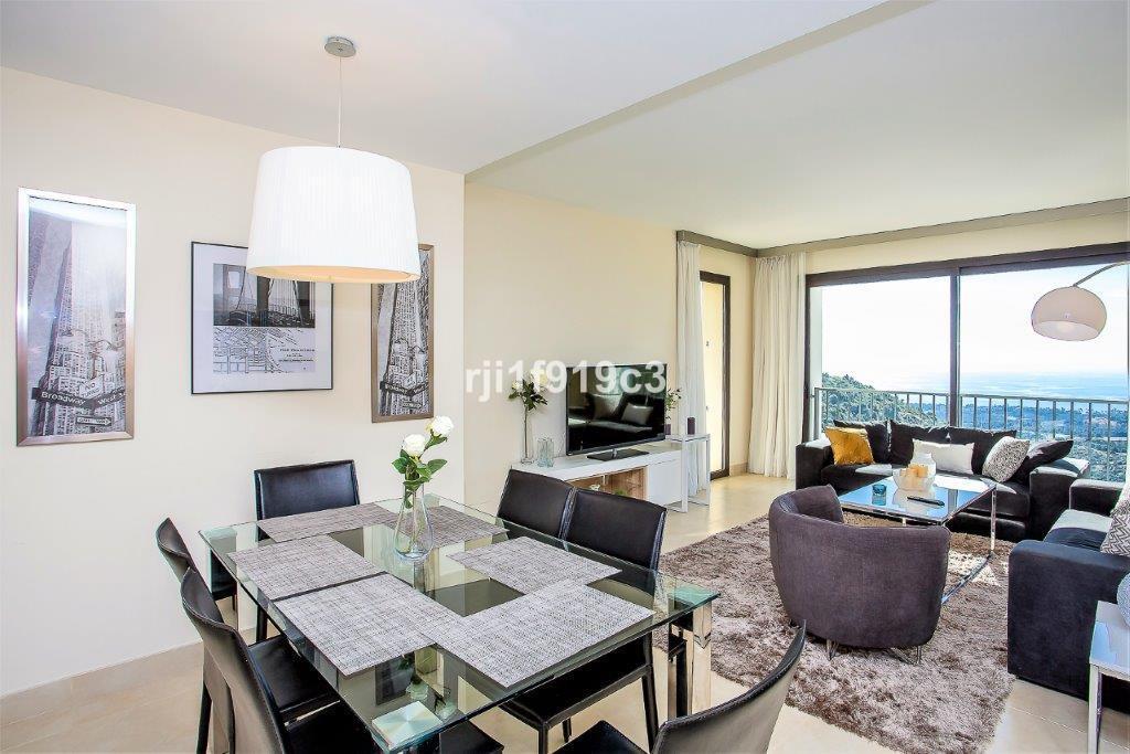 Apartamento con 3 Dormitorios en Venta Altos de los Monteros