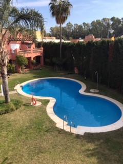 Very nice 2 bedroom + 2 bathroom apartment in small community located close to Le Roche school.  Clo,Spain
