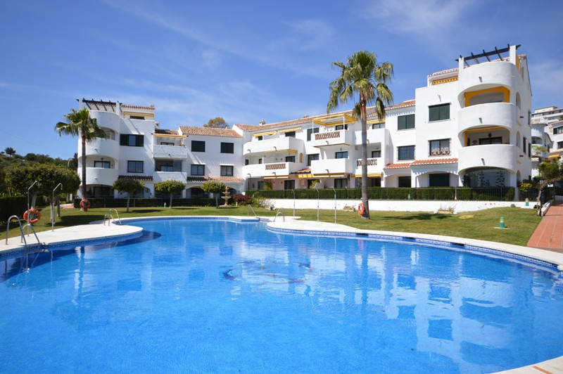 This lovely 2 bedroom, 2 bathroom bright ground floor apartment is perfect either as a permanent or ,Spain