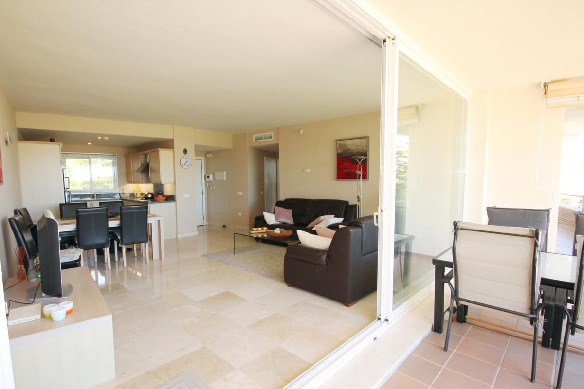 2 Bedroom Ground Floor Apartment For Sale Miraflores
