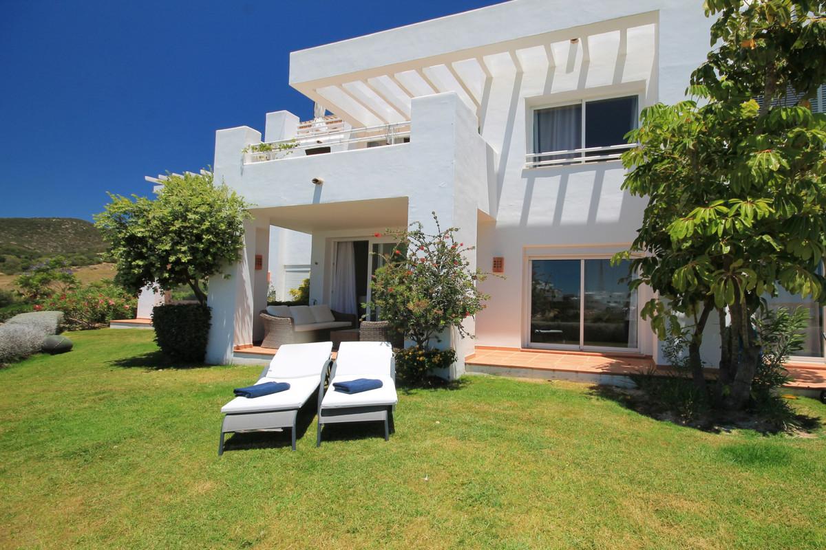 Ground Floor Apartment in Casares R3450151
