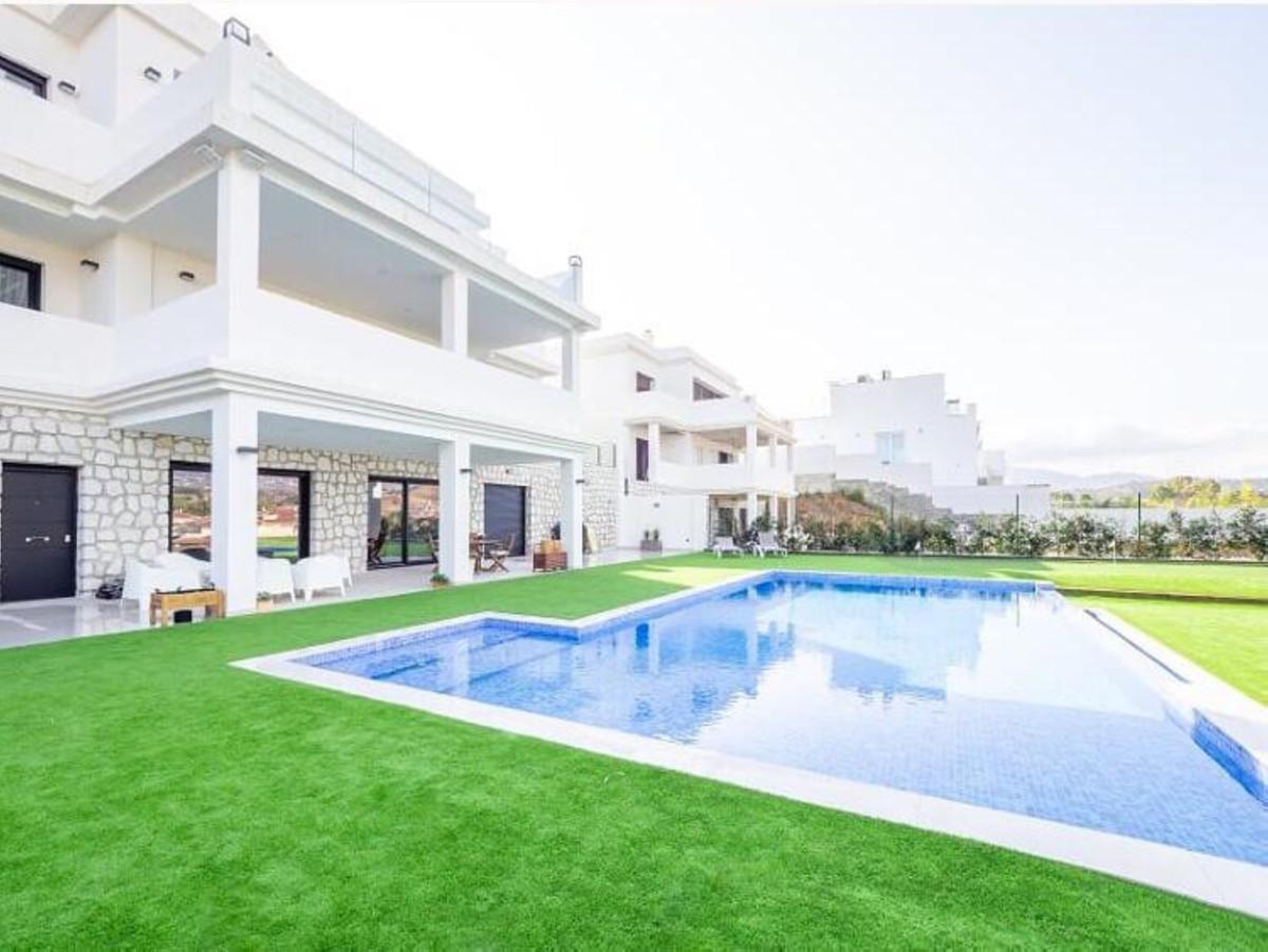 Villa  Independiente en venta   en La Cala Hills