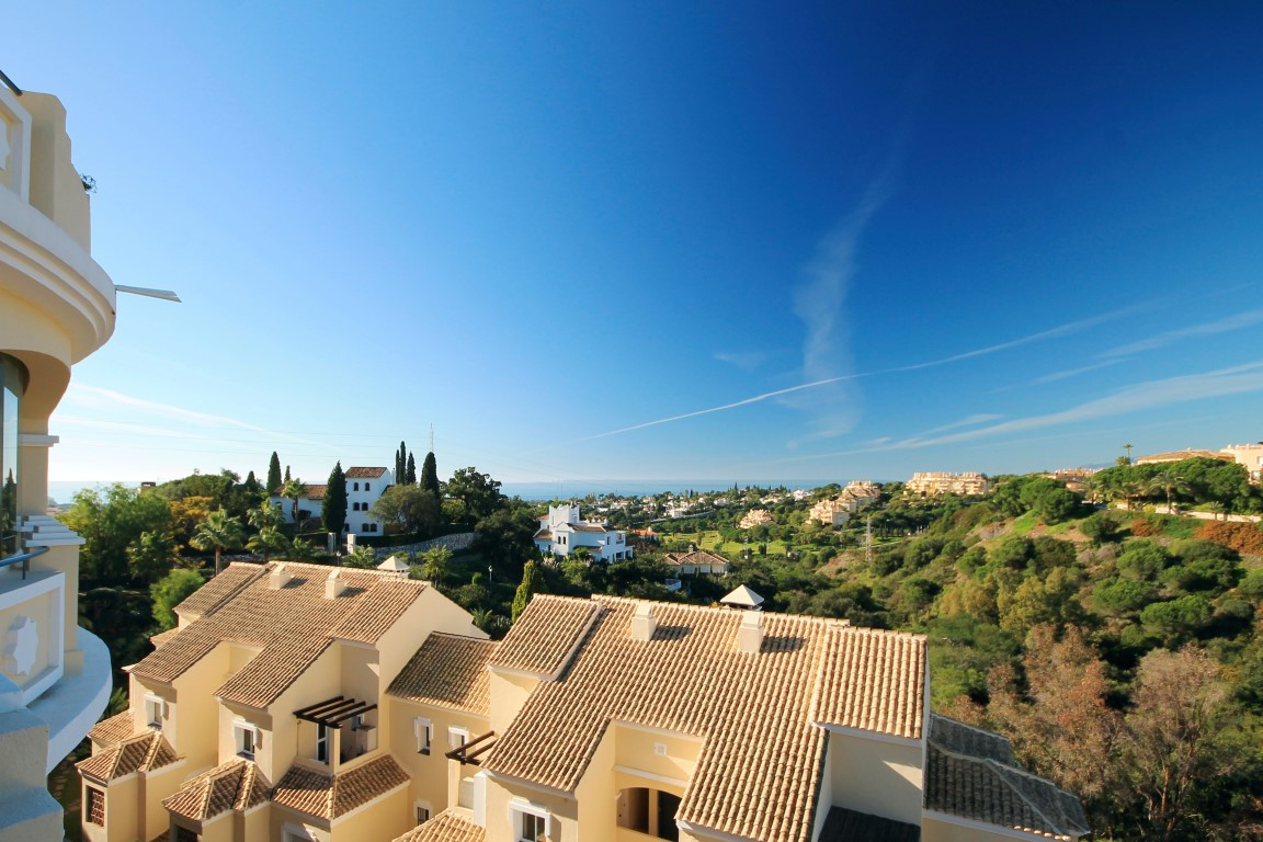 Well appointed 1st floor corner apartment boasting commanding views set in a small gated complex wit,Spain