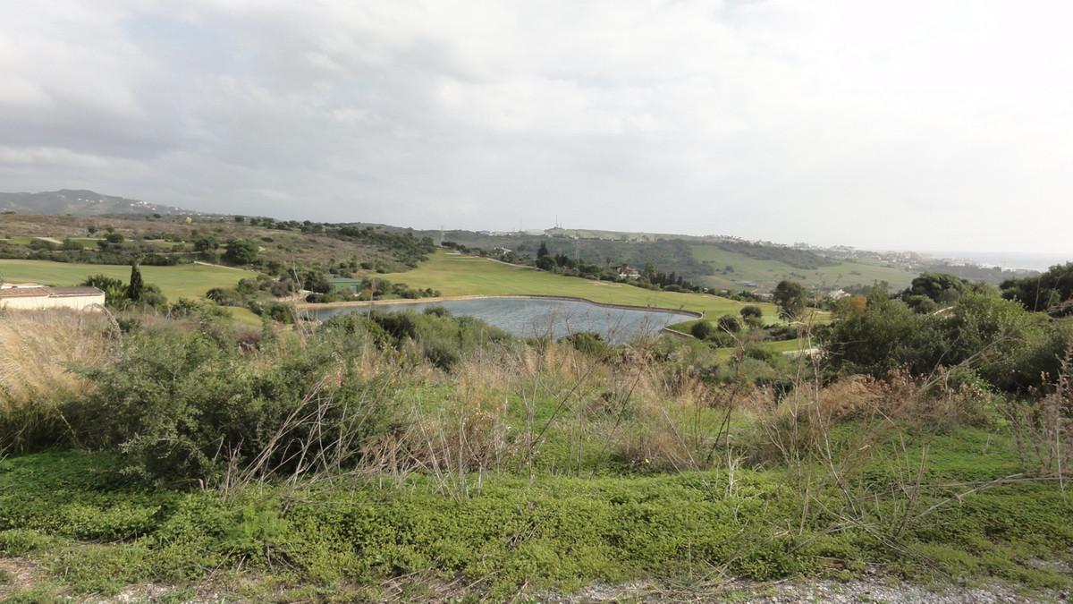 Plot - Valle Romano