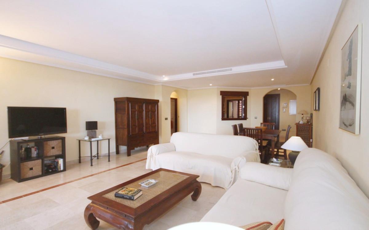 Apartment Ground Floor in La Mairena, Costa del Sol