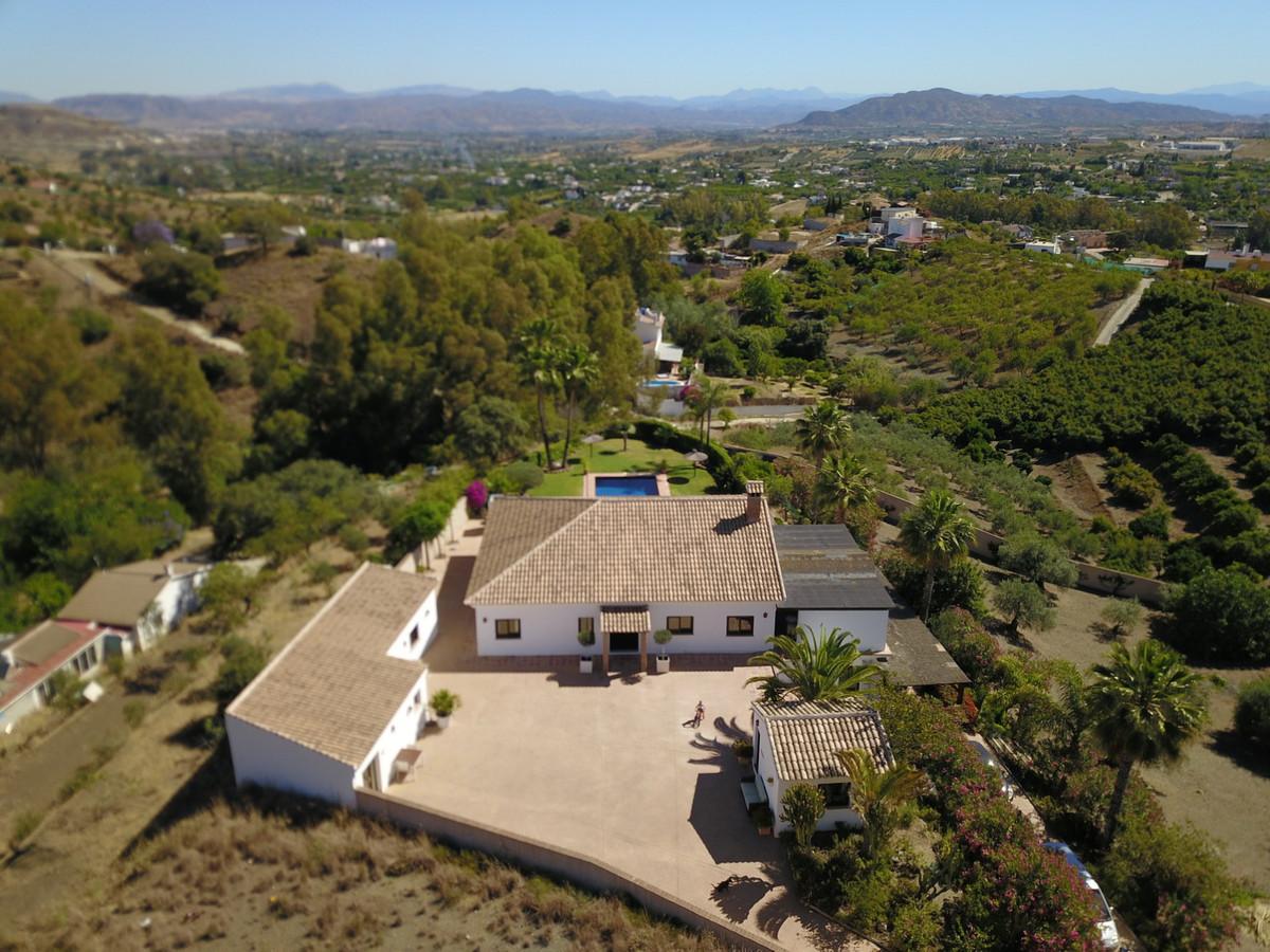 House in Alhaurín el Grande R3918058 2