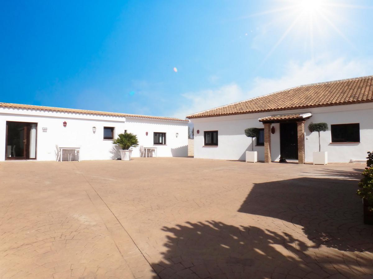 House in Alhaurín el Grande R3918058 8
