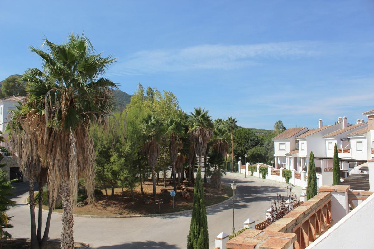 Apartment Penthouse Alhaurín de la Torre Málaga Costa del Sol R3713513 3