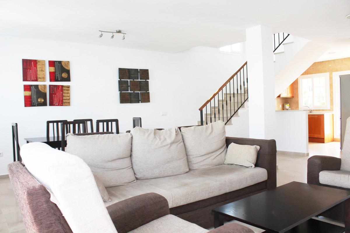 Apartment Penthouse Alhaurín de la Torre Málaga Costa del Sol R3713513 6