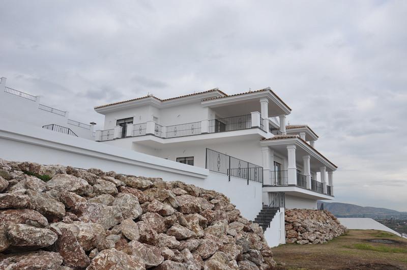 House en Alhaurín el Grande R3111037 1