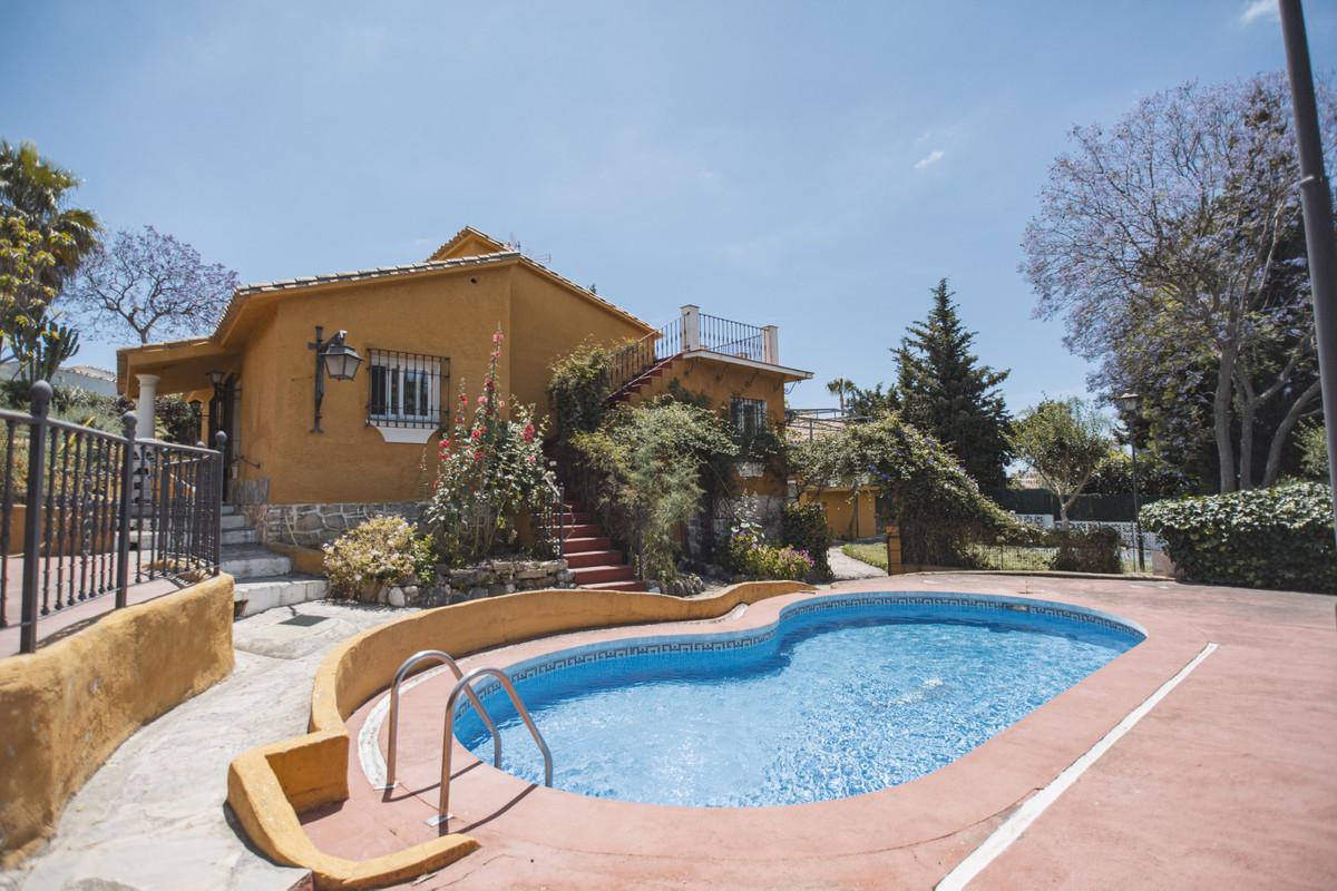 Villa Till salu i Marbella R3943588