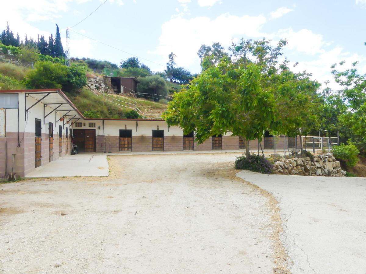 Villa in Ojén