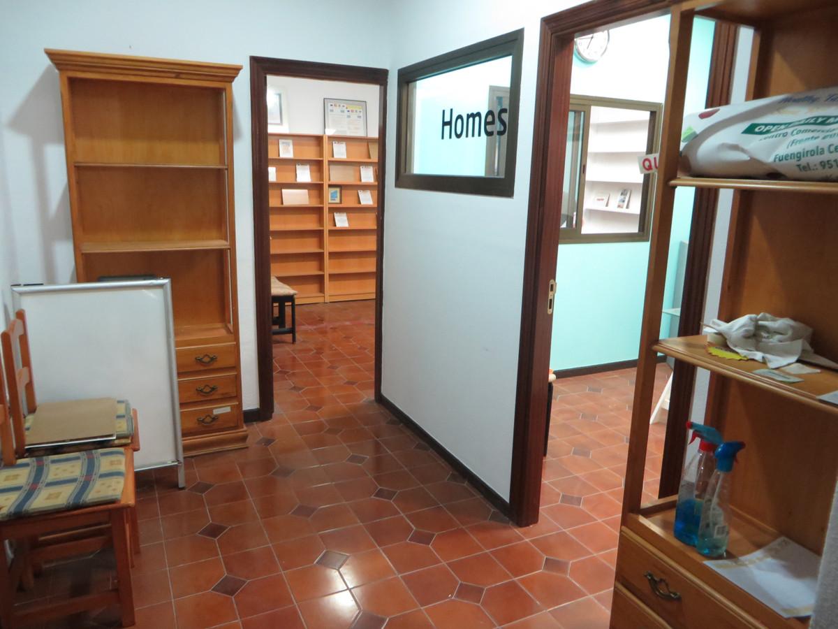 1 Bedroom Commercial for sale Fuengirola