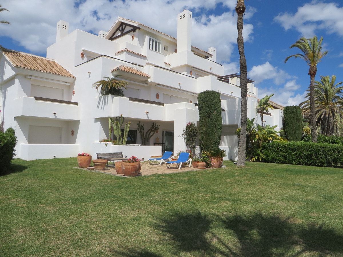 Apartment in Los Monteros