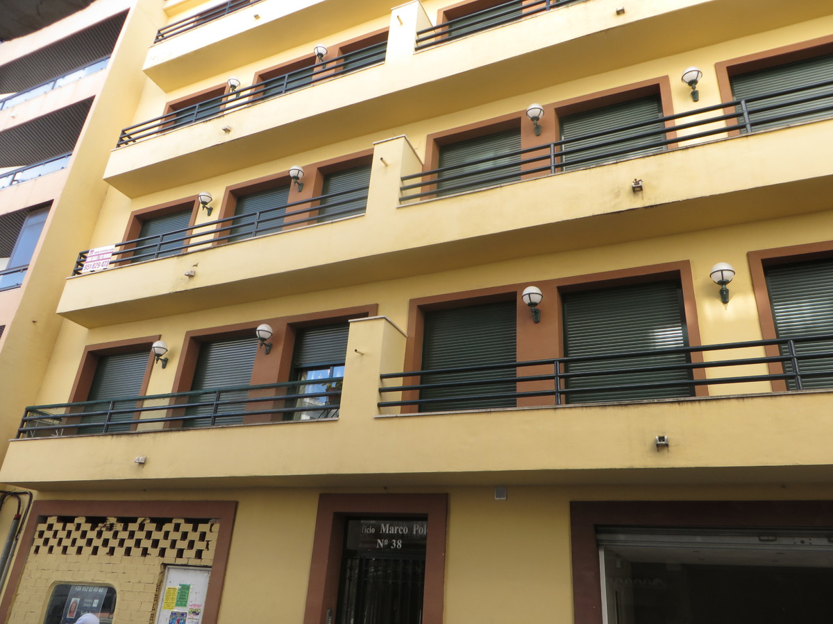 Interesting apartment in the center of San Pedro, newly renovated, close to all the services (school,Spain