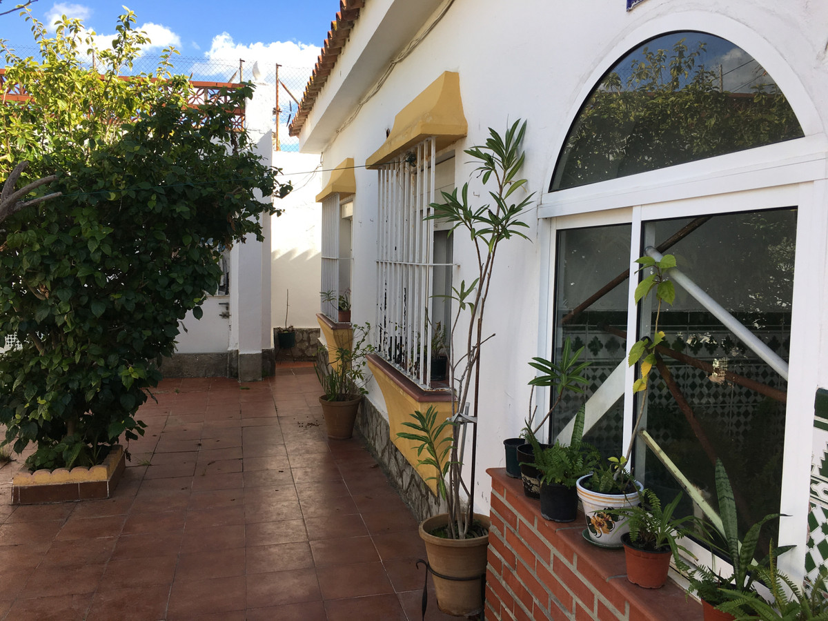 House in Algeciras R3400585 19