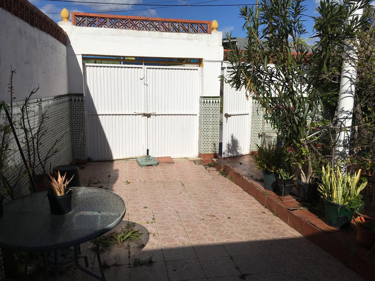 House in Algeciras R3400585 23