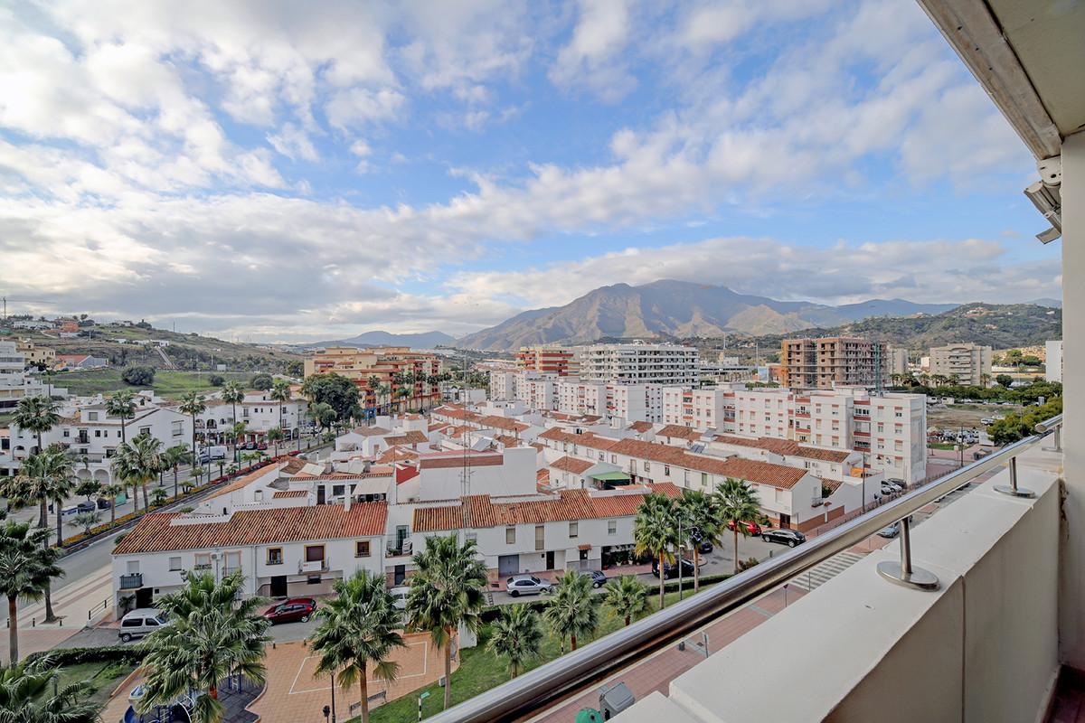 Lovely Apartment with Fantastic City Views, Parque Central, Estepona Centre. A lovely apartment, bri,Spain