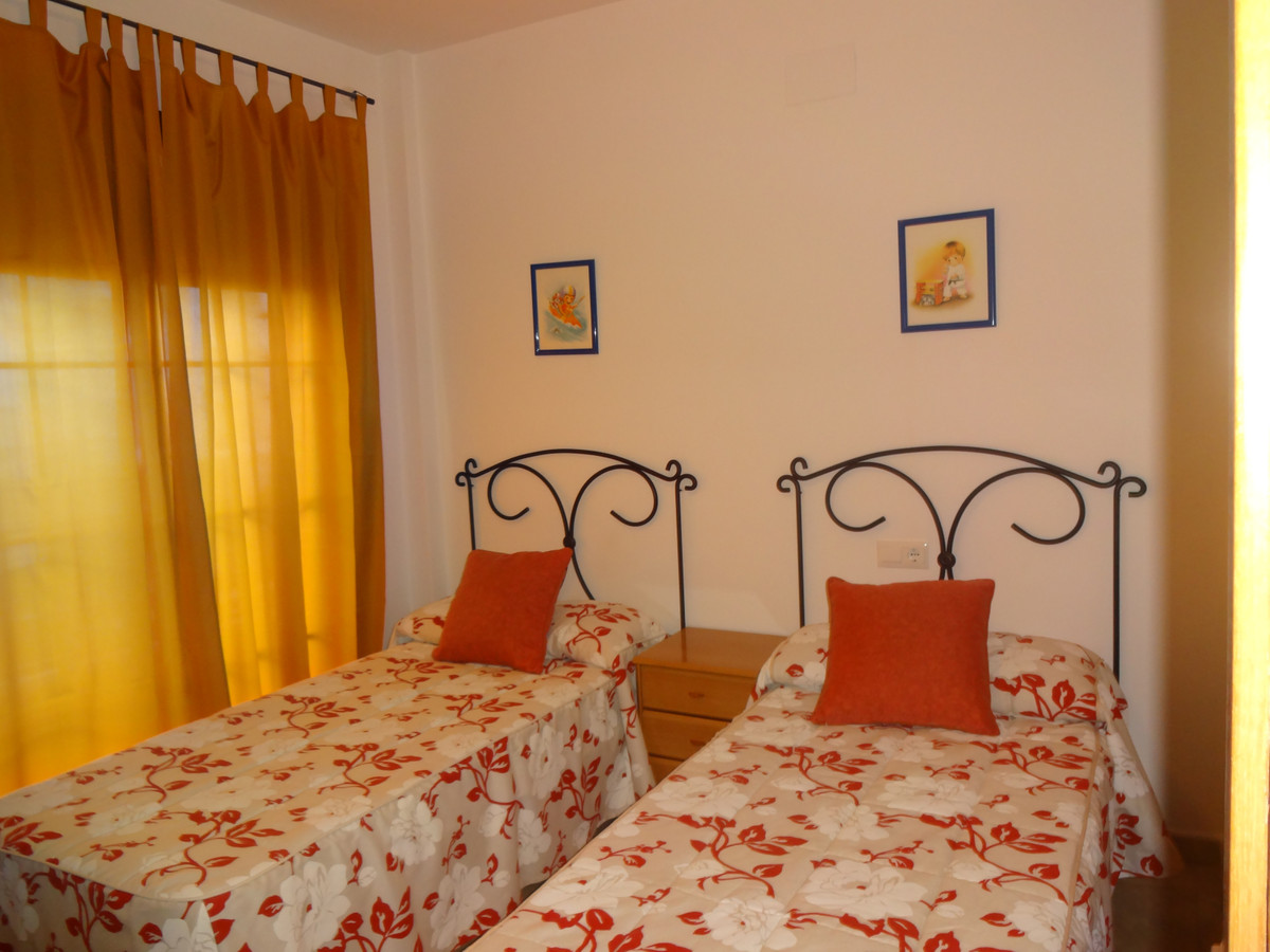 3 Bedroom Middle Floor Apartment For Sale Alhaurín el Grande