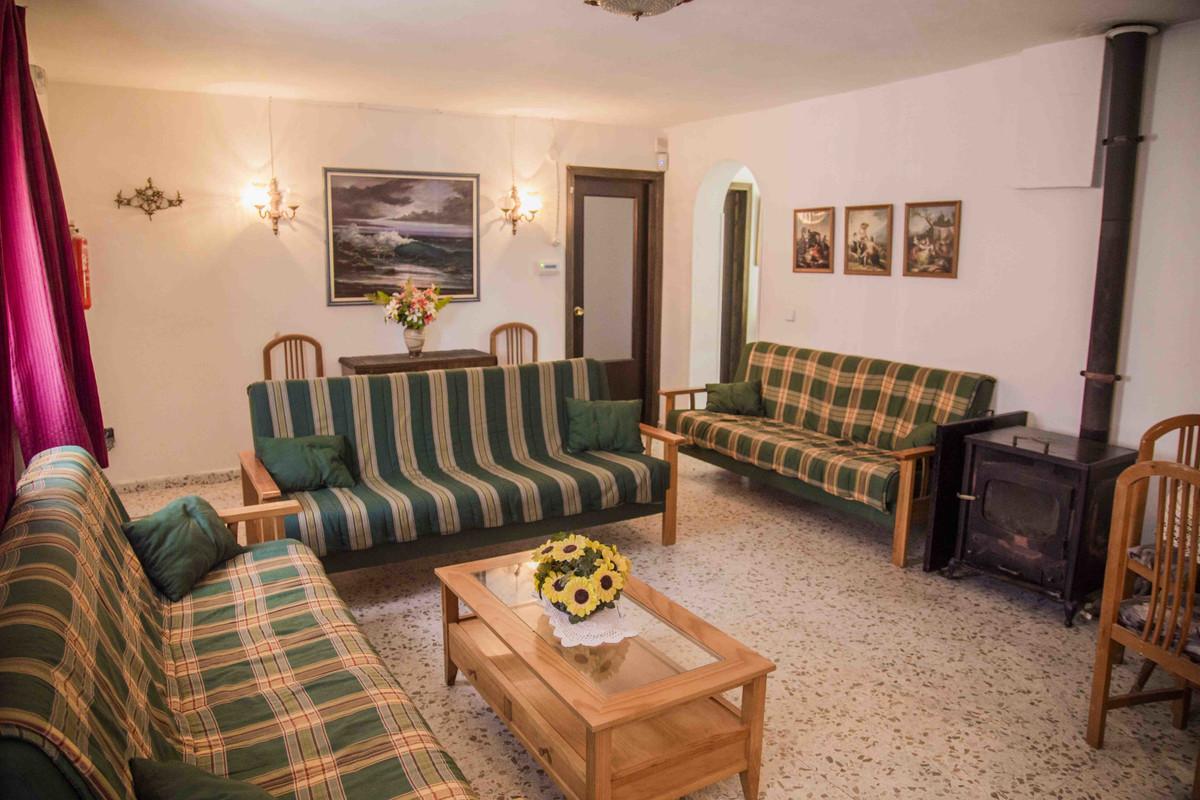 House in Alhaurín el Grande R3539386 10