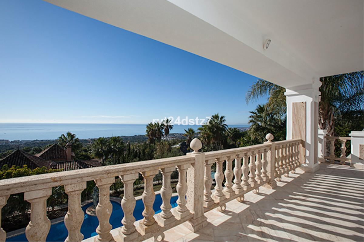 5 Bedroom Villa For Sale - Sierra Blanca