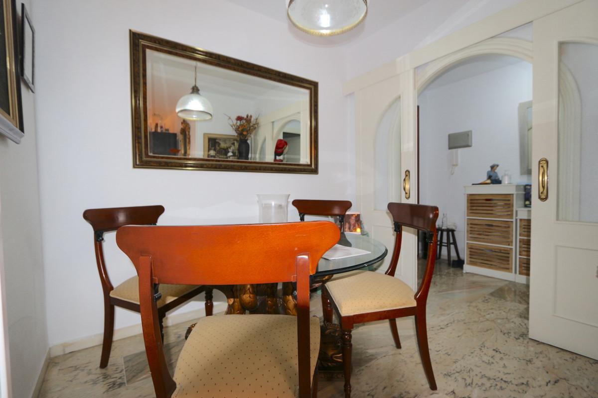 Apartment Middle Floor Fuengirola Málaga Costa del Sol R3715616 5