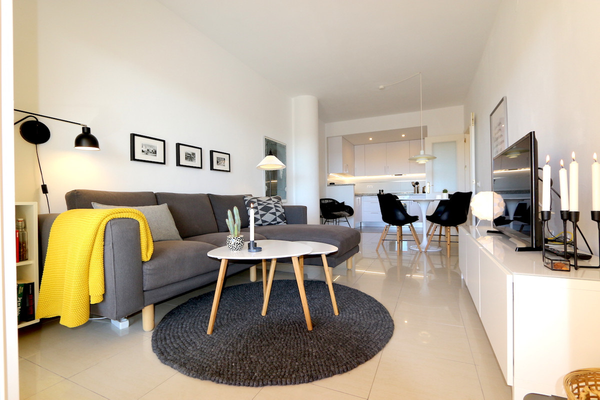 In the well-known Soler condominium a modernized apartment for sale! This spectacular apartment desi,Spain