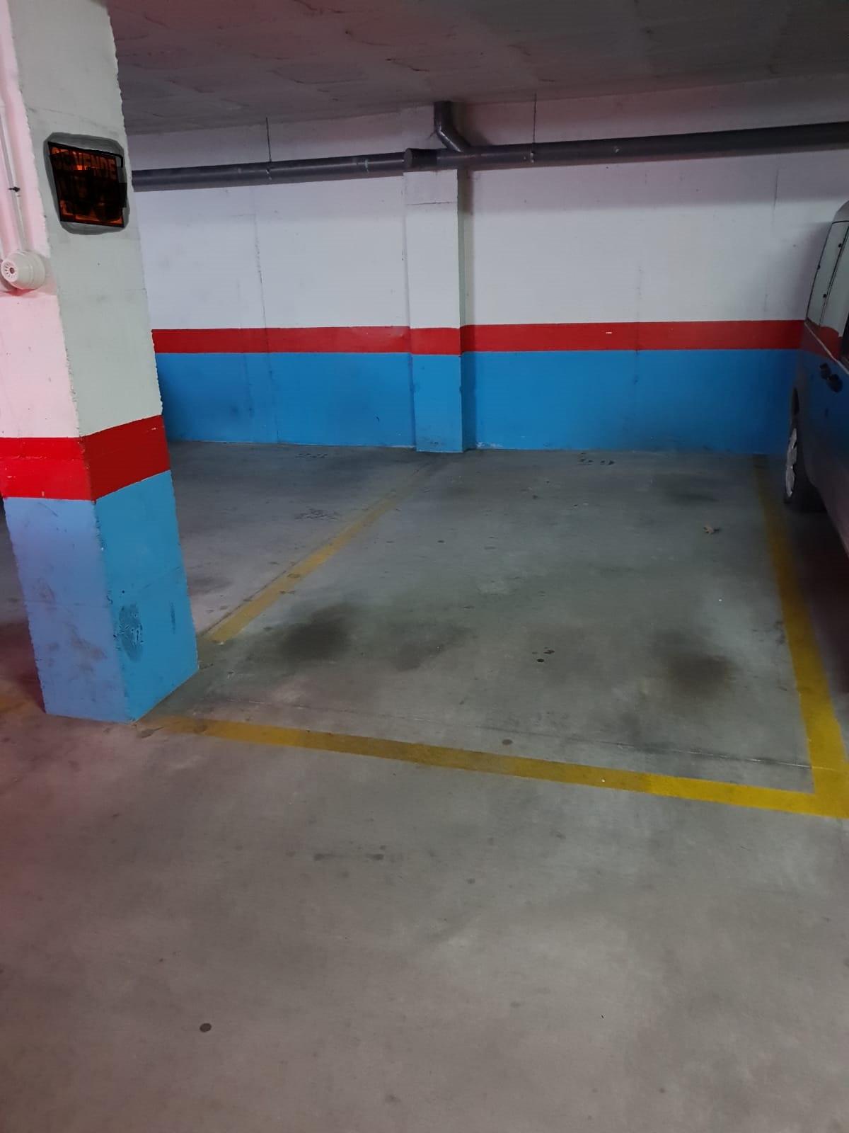 Garaje a la venta en Los Pacos