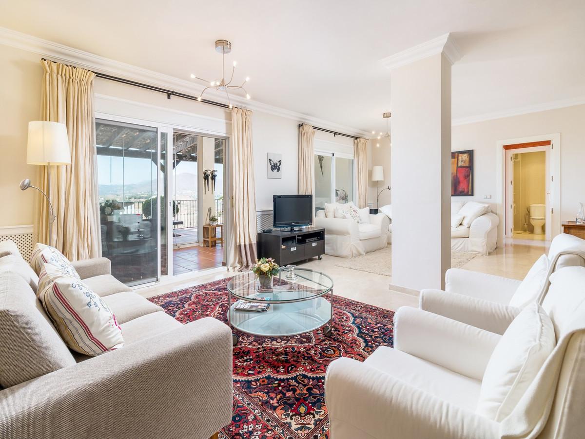 Apartment in La Cala Hills R3515062 10