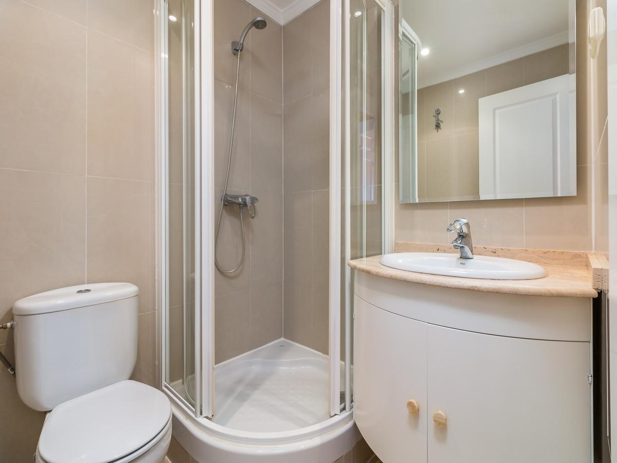 Apartment in La Cala Hills R3515062 18