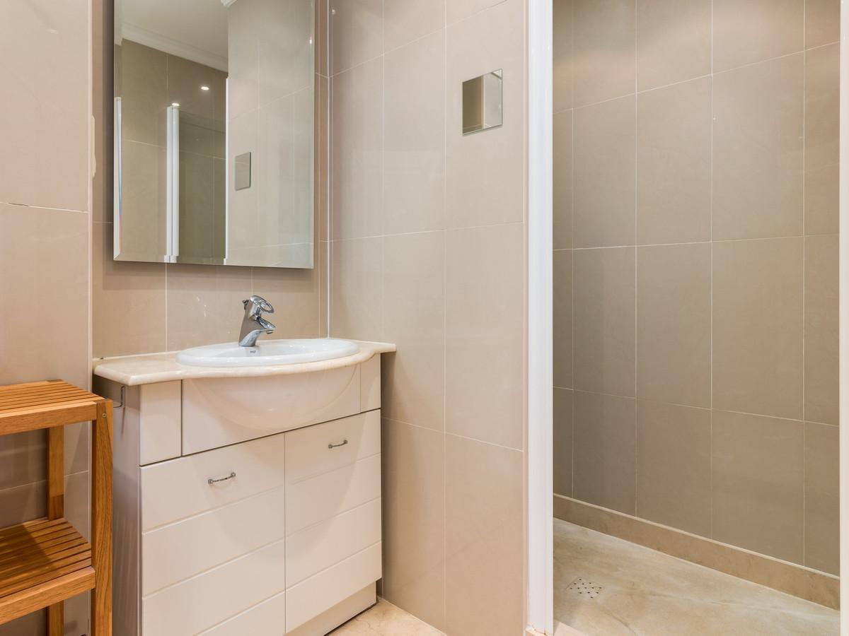 Apartment in La Cala Hills R3515062 19