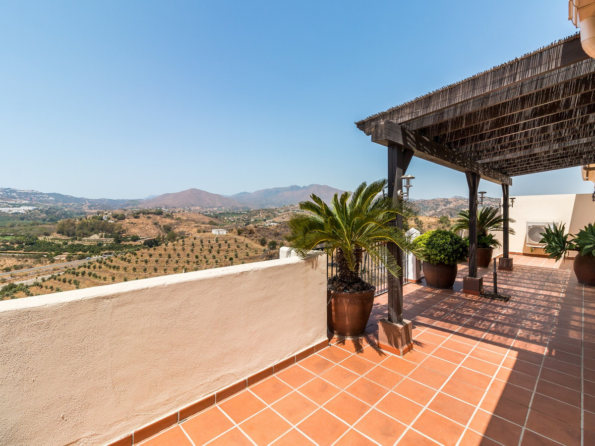 Apartment in La Cala Hills R3515062 2