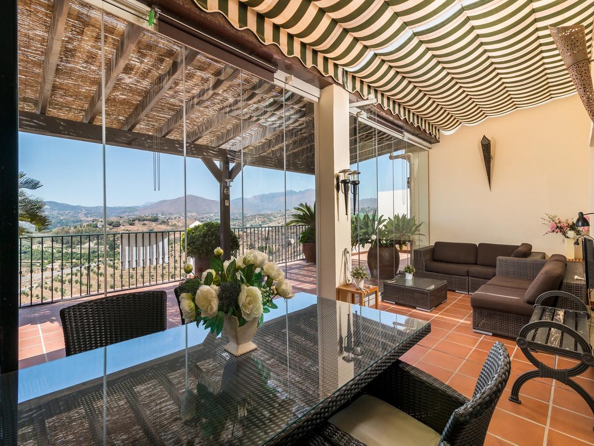 Apartment in La Cala Hills R3515062 5