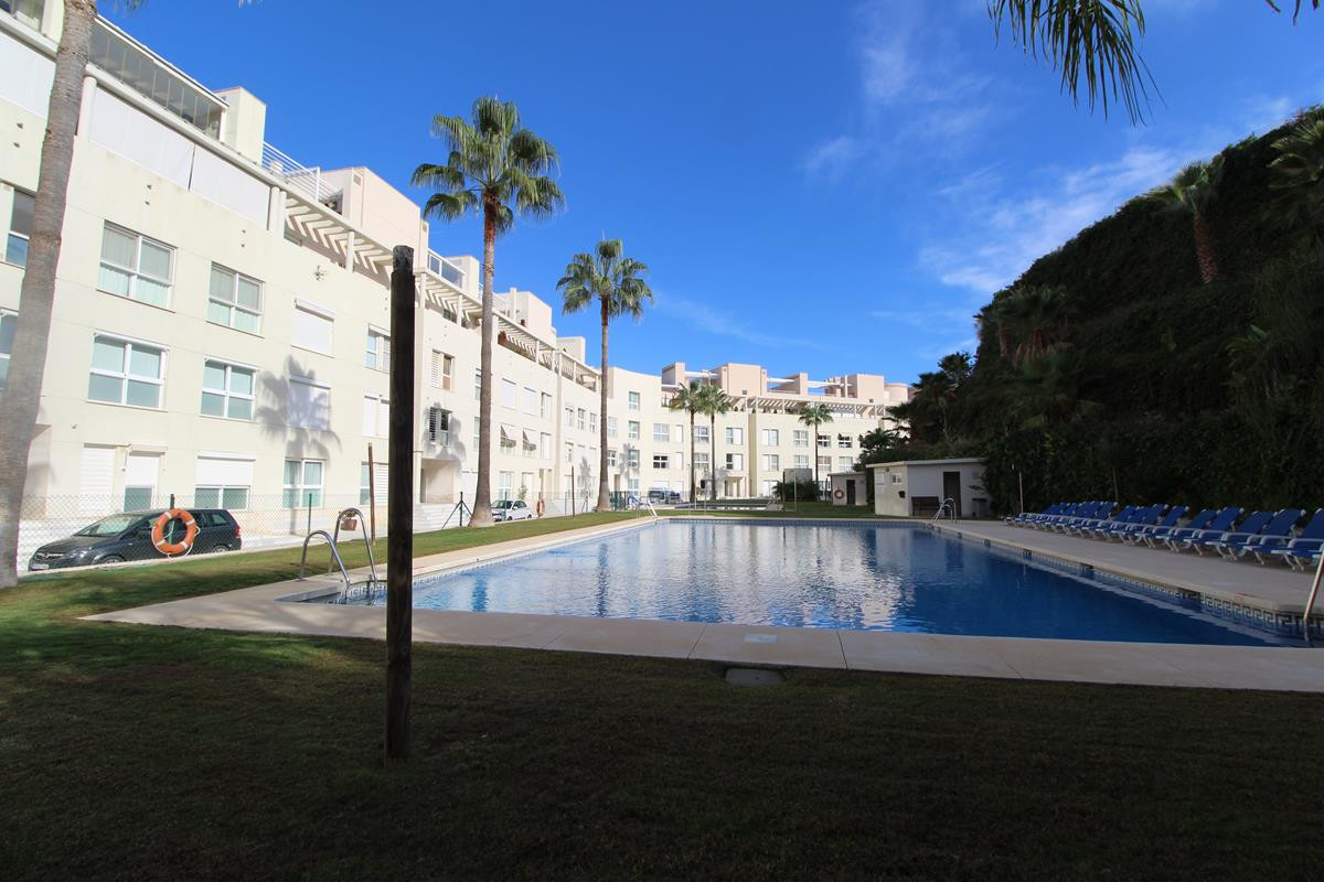 HUGE APARTMENT IN THE HARD OF THE GOLF VALLEY CLOSE TO THE BEACH  Beautiful really good size Apartme,Spain