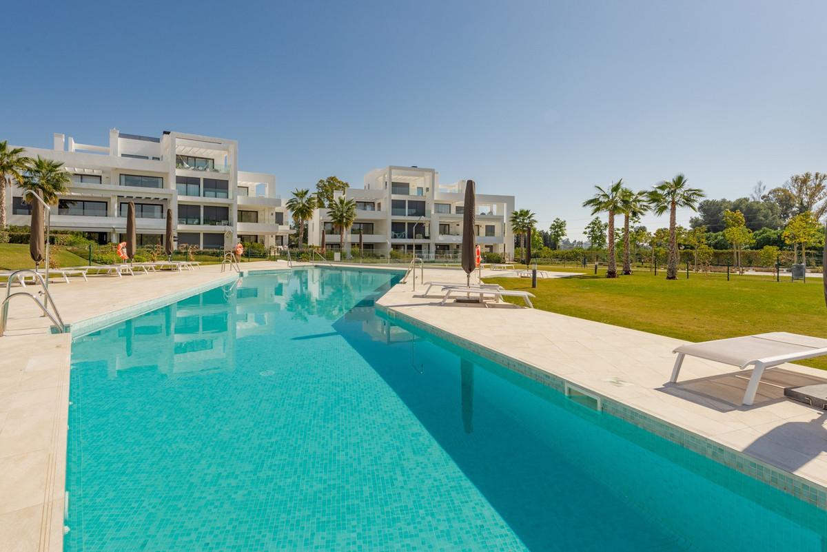 Apartment for sale in Benahavis, with 3 bedrooms, 2 bathrooms, 1 en suite bathrooms, the property wa,Spain