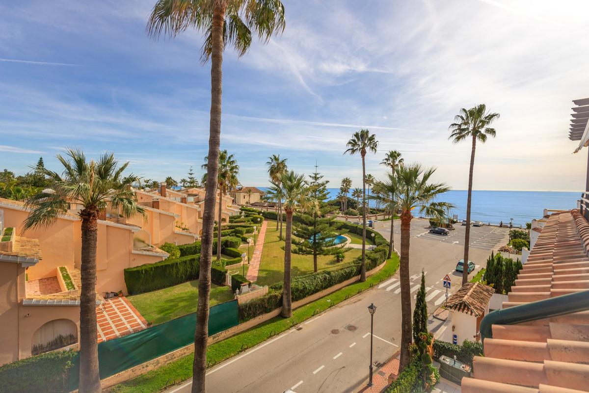 Duplex Penthouse for sale in Las Chapas, Marbella East, with 3 bedrooms, 3 bathrooms, 3 en suite bat,Spain