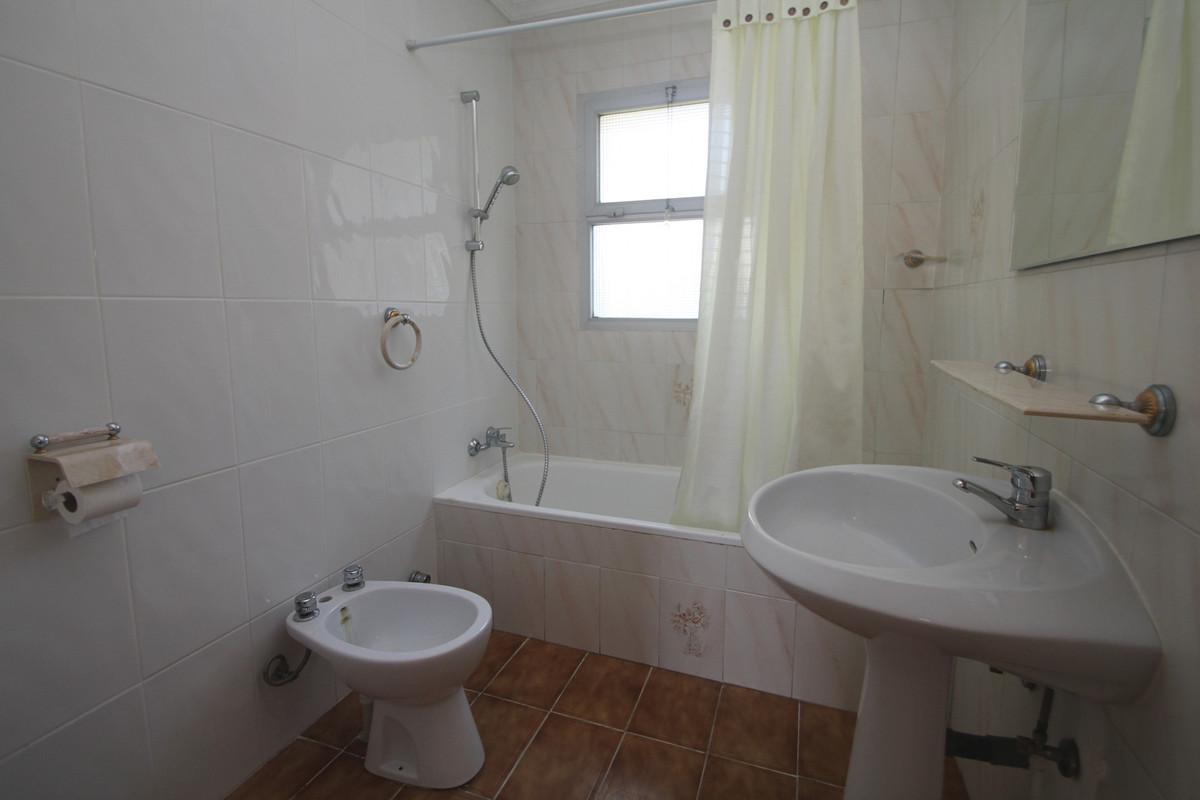 House in Alhaurín de la Torre R3771229 13