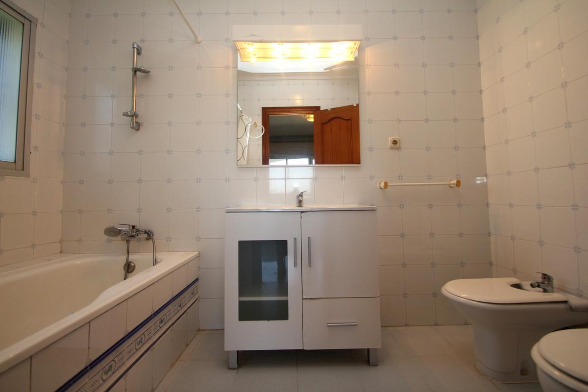 House in Alhaurín de la Torre R3771229 16