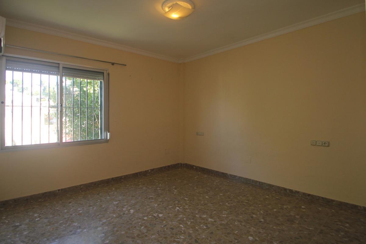 House in Alhaurín de la Torre R3771229 17
