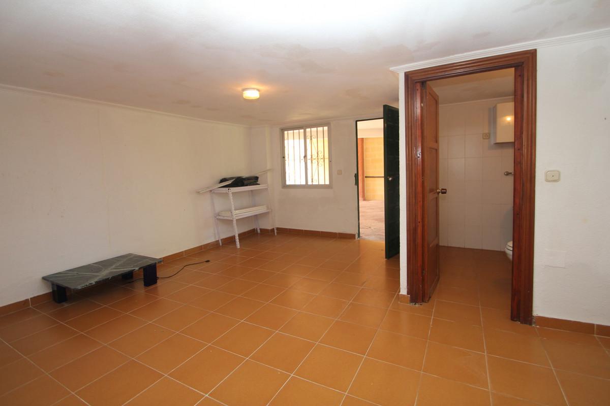 House in Alhaurín de la Torre R3771229 21