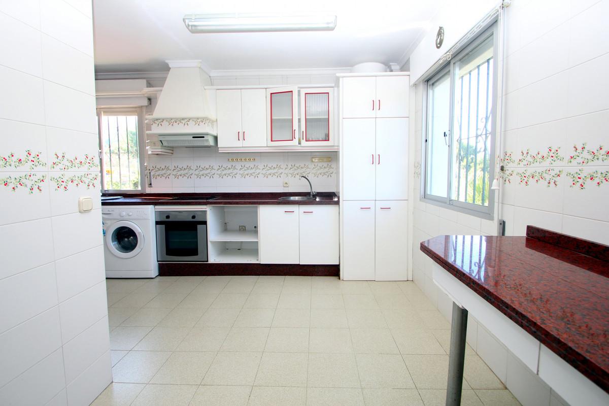 House in Alhaurín de la Torre R3771229 5