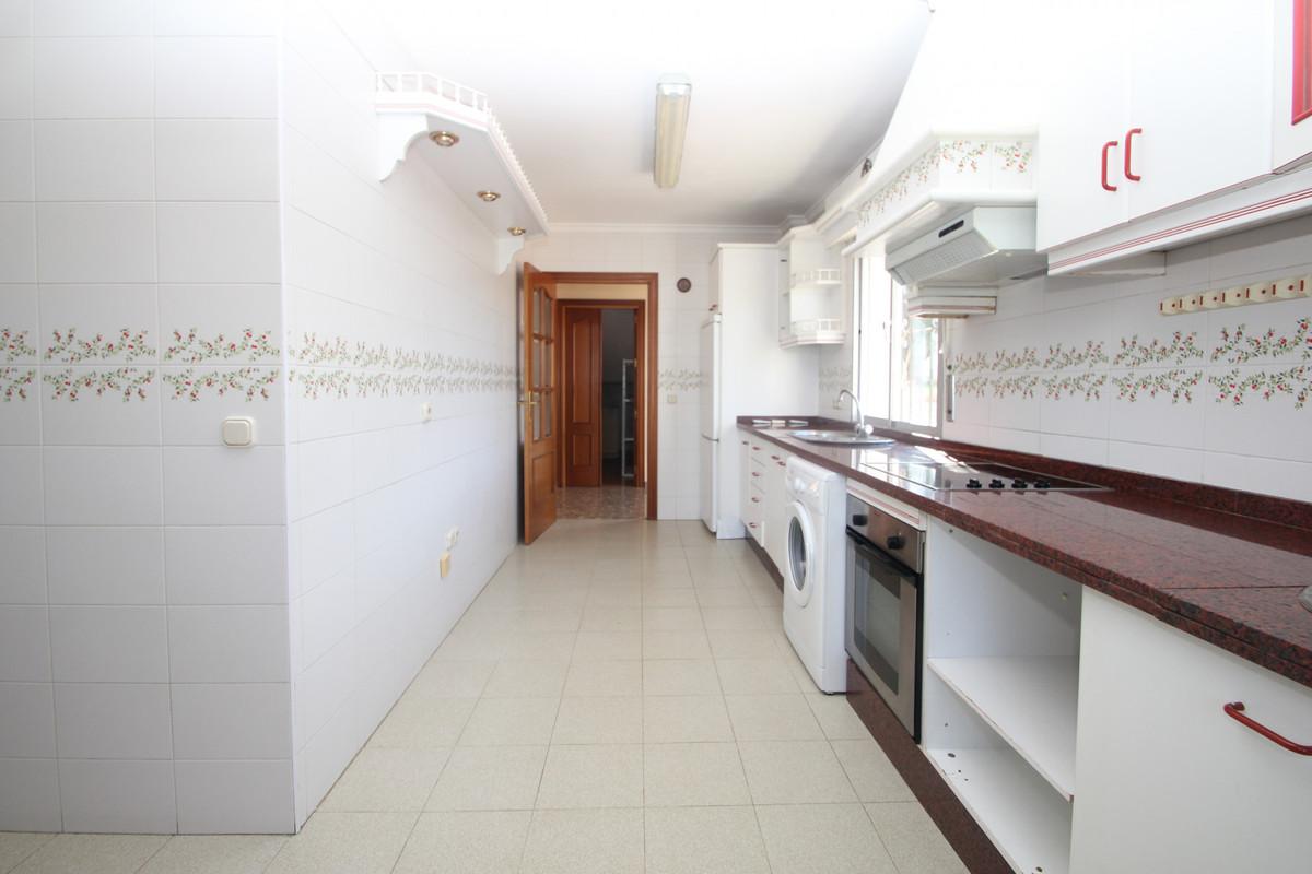 House in Alhaurín de la Torre R3771229 6