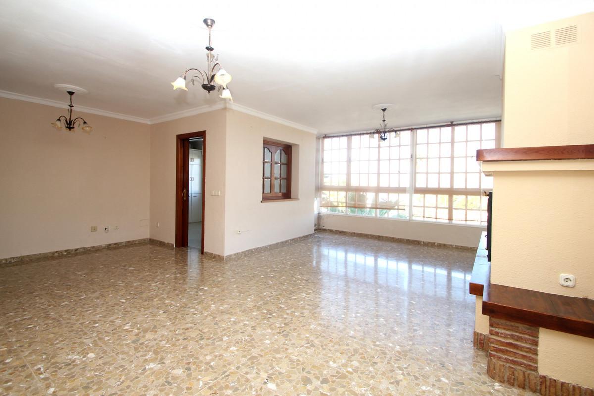 House in Alhaurín de la Torre R3771229 8
