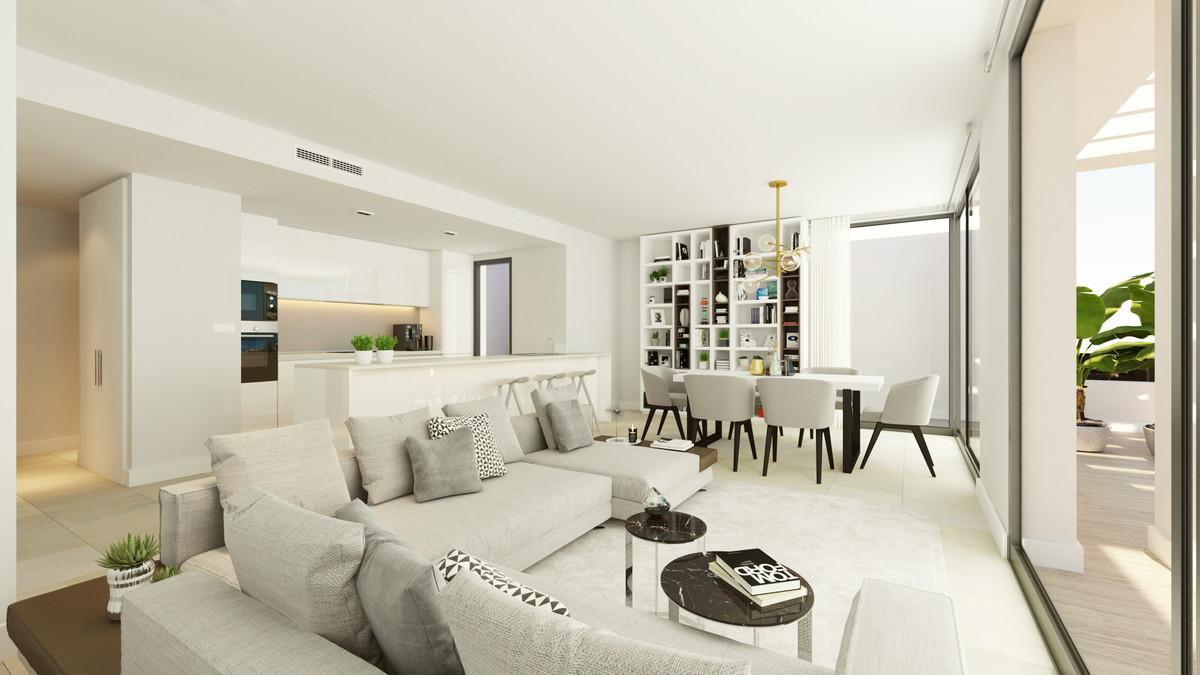 Apartment in Estepona R3304714 8