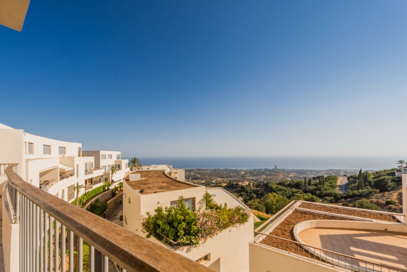 Apartamento con 3 Dormitorios en Venta Los Monteros