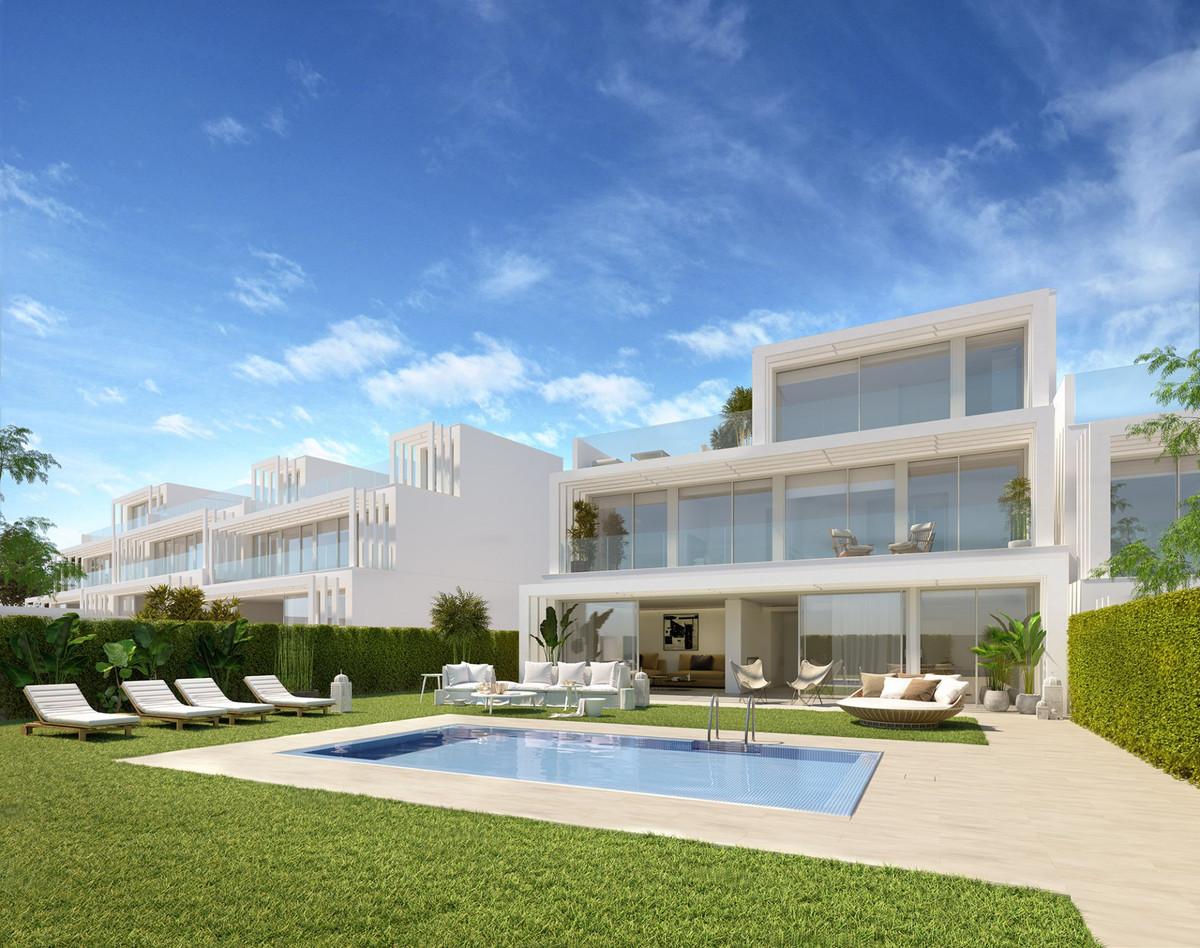 Semi Detached Villa for sale in Sotogrande Golf, Sotogrande, with 3 bedrooms, 4 bathrooms and has a ,Spain