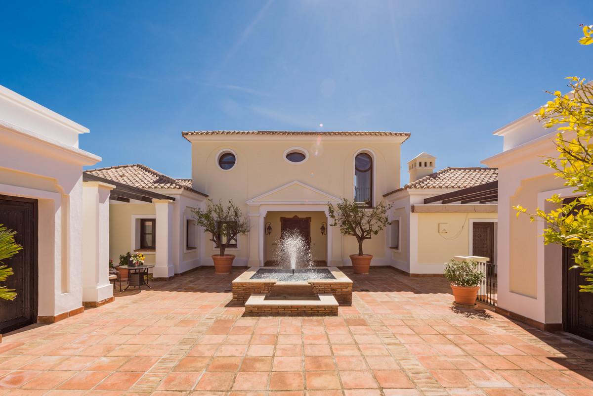 Villa Detached Benahavís Málaga Costa del Sol R3144631