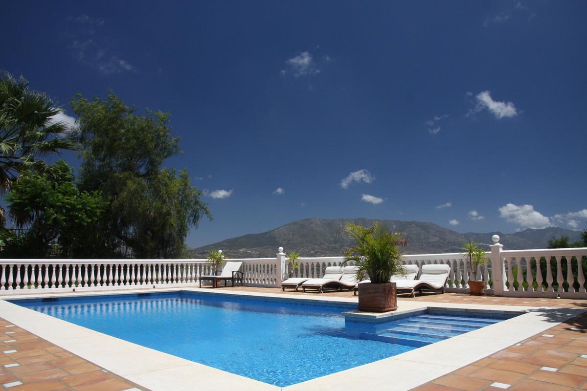 Villa Detached La Cala Golf Málaga Costa del Sol R3413905